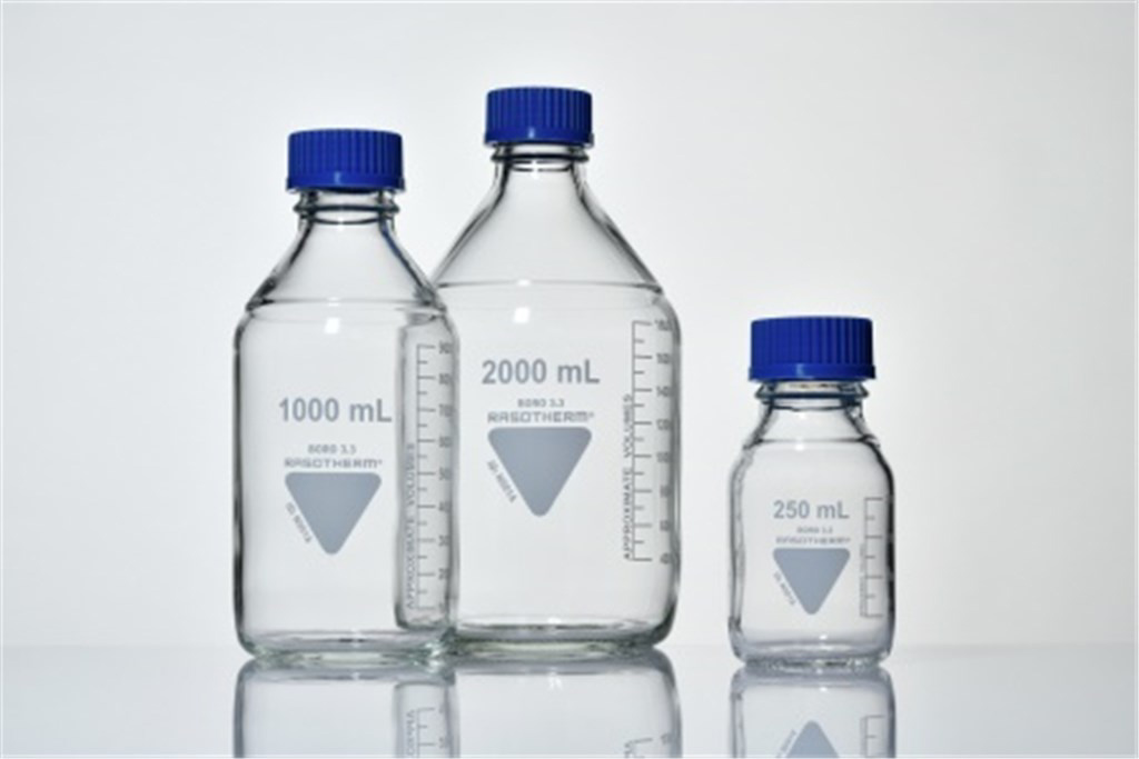 BlueCap bottle with blue GL45 lid, 500 ml, 10/pack