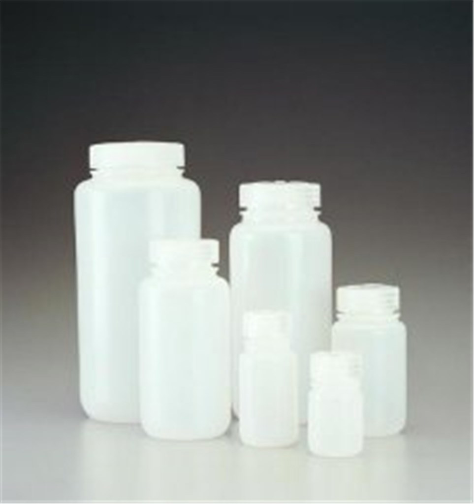 Wide neck bottles,PE-HD,with screw cap cap. 250 ml