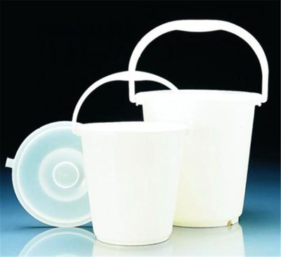 Buckets, LDPE, with graduation s and handle, witho